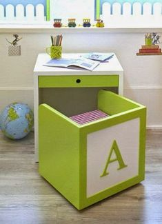 kid desk and chair for kid room or playroom Kids Decor, Diy Home Decor, Kid Desk, Space Saving Furniture, Girl Room, Child's Room, Diy For Kids, Wood Projects, House Projects