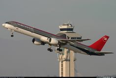 Northwest Airlines N585NW Boeing 757-351 aircraft picture