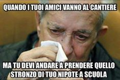 immagini-divertenti-foto-trash-per-ridere-1597 Funny Video Memes, Funny Quotes, Italian Humor, Thug Life, Bad Timing, Funny Images, Cute Pictures, Haha, Hilarious