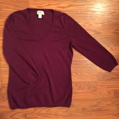 """LOFT V Neck 3/4 sleeve wine colored sweater LOFT V Neck 3/4 sleeve wine colored sweater. Super soft cotton/rayon/poly blend. Worn once and in EUC. Material tag was cut out bc it itches when I wore it. Measures 24"""" in length, 16"""" across chest, & 22"""" from pit to end of sleeve. Size small. ❤️NO TRADES. Reasonable offers welcome via offer button.❤️ LOFT Sweaters V-Necks"""