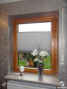 sensuna® Plissees am Holzfenster - nach Maß gefertigt / sensuna® pleated blind on a wooden window - customized