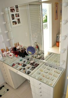 Love this vanity table  Lots of space for your makeup and jewelry plus all  the side drawers 17 Makeup Organizers You ll Surely Love   Makeup storage  Storage  . Makeup Vanity With Lots Of Storage. Home Design Ideas