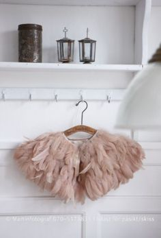 ✿ Blush Pink cover up Look Fashion, Girl Fashion, Feather Cape, Feather Tutu, Photographie Portrait Inspiration, Pink Feathers, Wedding Inspiration, Style Inspiration, Mode Style