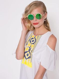 Dahlia Round Mirrored Sunglasses with White At Brow Cat Eye Sunglasses, Mirrored Sunglasses, Ss16, Brows, Dahlia, Collection, Fashion, Eyebrows, Moda