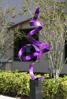 Abstract Metal Garden Sculpture - Purple Perfect Moment by Jon Allen contemporary-landscape Metal Art Sculpture, Outdoor Sculpture, Contemporary Sculpture, Outdoor Art, Garden Sculptures, Contemporary Landscape, Metal Projects, Metal Crafts, Steel Art