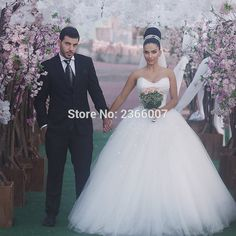 YiWuMenSa Vestido De Noiva Ball Gown Wedding Dresses Bridal Gowns Sparkly Princess vintage Wedding Dress 2017 abiti da sposa