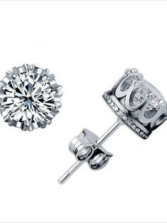 Fashion Womens Silver Plated Crystal Crown Ear Stud Earrings (Color Silver)