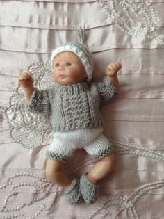 Hand knitted dolls clothes to fit 6 Ooak baby by HandKnittedbyme