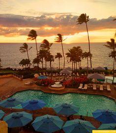 Wailea Beach Marriott Resort & Spa in Maui, hawaii, photography, beach, pool, sunset, palm tree,
