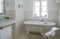 I like the use of panelling and clean lines for the main family bathroom, simple, elegant and a great idea for the grande maison French Bathroom, White Bathroom, Master Bathroom, Family Bathroom, French Decor, French Country Decorating, Country French, Country Style, Diy Bathroom Decor