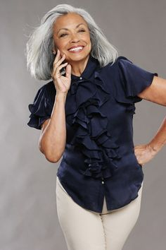 high-fashion grey hair | DOLORES DEVEGA -