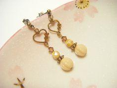 Light beige earrings light beige drop earrings by Coloramelody