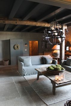 Belgian | Living | Lighting | Sofa | Flooring | De Wilgengaarde