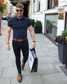 """Hi, here are some """"Supercool Casual Outfits for Men."""" These casual outfits would give a fully idea of how to dress casually. Stylish Mens Fashion, Mens Fashion Suits, Style Fashion, Fashion Ideas, Fashion Design, Mode Outfits, Casual Outfits, Style Masculin, Herren Outfit"""