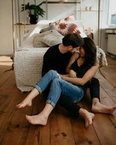 Pin by chloe on always ❤ couple pictures, love couple, couple photography. Couple Goals, Couple Style, Cute Couples Goals, Love Couple, Couples In Love, Cute Relationship Goals, Cute Relationships, Relationship Cartoons, Relationship Sayings