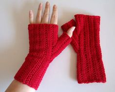 ball knitting patterns | Free Knitting Pattern: Lazy Rib Fingerless Mitts » Creative Fidget