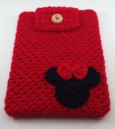 Hand Crocheted Ipad Sleeve / Cover / Case in Red por TheCheeryEwe