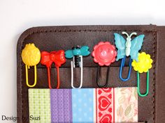 Funny Button Bookmarks #bookmarks #diy http://designbysuzi.blogspot.sk/2015/02/gombikove-zalozky.html