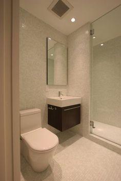 La decoración de un baño pequeño puede ser un verdadero reto. Te proponemos una colección de fotos de baños pequeños modernos donde podrás encontrar varias ideas de decoración