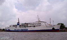 TITIAN NUSANTARA (MMSI: 525002084) Schiffsfotos | AIS Marine Traffic