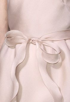 with a bow. Wedding Dress Cake, Amazing Wedding Dress, Wedding Dresses, Couture Details, Fashion Details, Carolina Herrera Bridal, Glamorous Chic Life, Valentino, Classy And Fabulous