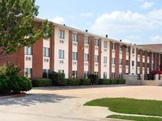Irving (TX) Quality Inn DFW Airport Hotel United States, North America Quality Inn DFW Airport Hotel is perfectly located for both business and leisure guests in Irving (TX). Featuring a complete list of amenities, guests will find their stay at the property a comfortable one. 24-hour room service, facilities for disabled guests, Wi-Fi in public areas, car park, airport transfer are on the list of things guests can enjoy. Guestrooms are fitted with all the amenities you need f...