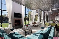 Jeremy Renner Sells This Ridiculous $25M Mansion