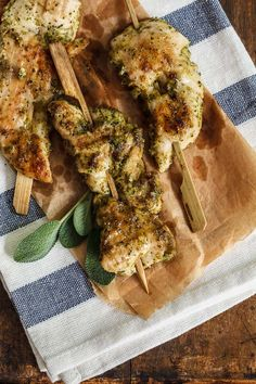 Let's skip the silverware and make this quick and tasty recipe for grilled sage-pesto chicken skewers! Great for kids, parties and everyday food!