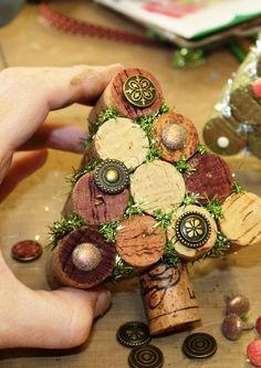 wine cork tree: The Little Blue House Wine Craft, Wine Cork Crafts, Wine Bottle Crafts, Wine Bottles, Cork Christmas Trees, Christmas Holidays, Christmas Decorations, Whimsical Christmas, Xmas Tree