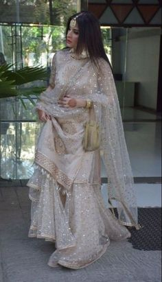 Designer Dresses for teens Pakistani Wedding Outfits, Pakistani Wedding Dresses, Pakistani Dress Design, Bridal Outfits, Pakistani Fashion Party Wear, Indian Designer Outfits, Indian Outfits, Designer Dresses, Alternative Wedding Dresses