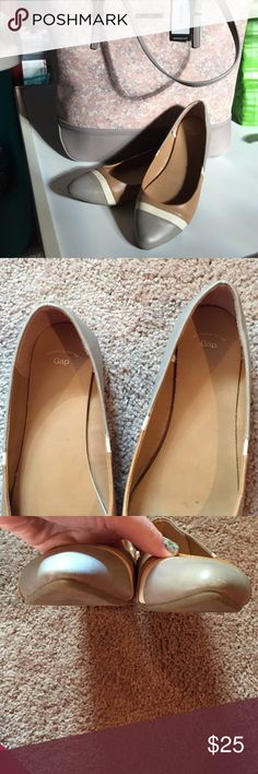 Gap Colorblock pointy Flats 8 The perfect neutral shoe, for work or play!!!   So sad these don't fit me😕  These shoes feature a pointed toe, and a neutral colorblock pattern of gray/taupe, cream, and cognac.  Size 8, have a few scuffed areas, which I tried to picture. GAP Shoes Flats & Loafers