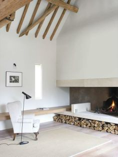 Combining cold and hot elements, a stone fireplace emanates warmth inside your living room. Check out these stone fireplace design ideas to improve the comfort of your home. Home Fireplace, Fireplace Design, Fireplaces, Fireplace Ideas, Fireplace Gallery, Modern Fireplace, Barn Pictures, Sweet Home, Interior Architecture