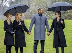David Ramsey, Audrey Marie Anderson, Katherine McNamara, and Emily Bett Rickards in Arrow Funeral, David Ramsey, Oliver And Felicity, Felicity Smoak, Team Arrow, New Amsterdam, Emily Bett Rickards, Supergirl And Flash, Katherine Mcnamara