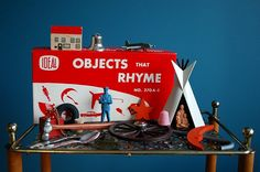"Ideal ""Objects That Rhyme"" game Hands On Learning, Learning Tools, Rhyming Pairs, Thing 1, Creative Play, Toy Boxes, Vintage Cards, Board Games, Literacy"
