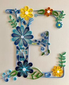 Feathered floral letter E with a cross - Quilled Paper Art Quilling Letters, Paper Quilling Cards, Paper Quilling Patterns, Quilled Paper Art, Quilling Paper Craft, Paper Crafts, Art Books For Kids, Paper Quilling For Beginners, Quilling Christmas