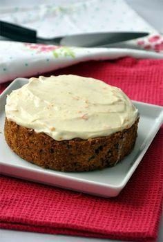 Répatorta - Csak a puffin Rachel Allen receptje, egyszerűen tökéletes. Cake Recipes, Vegan Recipes, Cooking Recipes, Whoopie Pies, Creative Cakes, Cakes And More, Carrot Cake, Pound Cake, Food Inspiration