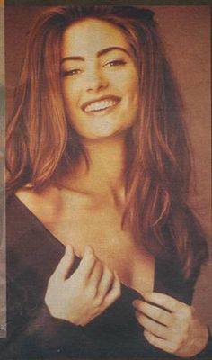 Madchen Amick clipping