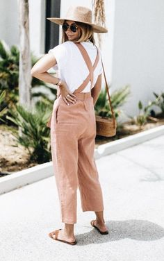 78 spring outfit ideas you can copy rn 66 Casual Outfits, Cute Outfits, Fashion Outfits, Fashion Trends, Spring Summer Fashion, Spring Outfits, Outfit Summer, Mode Lookbook, Overalls Outfit