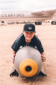 Best things to do in Tucson with kids | Pima Air and Space Museum #tucson #arizona #pimaairandspacemuseum #simplywander Backpacking Europe, Europe Travel Tips, Packing Tips For Travel, Travel Essentials, Europe Packing, Traveling Europe, Packing Lists, Travel Hacks, Budget Travel