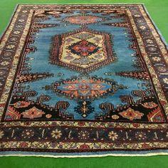 Catawiki Online-Auktionshaus: Wis, Iran 367 x 287 cm Iran, Bohemian Rug, Rugs, Home Decor, Persian Carpet, Rustic, Farmhouse Rugs, Decoration Home, Room Decor