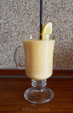 Koktajl z mango, pomarańczą i bananem Homemade Protein Shakes, Easy Protein Shakes, Protein Shake Recipes, Healthy Recipes, Healthy Foods, Mango, Weight Loss Smoothies, How To Lose Weight Fast, Glass Of Milk