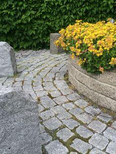 Muurikko-muuri ja graniittinopat http://www.rudus.fi/pihakivet