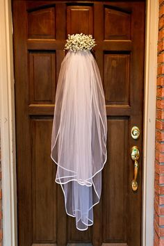 Bridal shower door