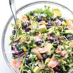 Salmon Kale Superfood Salad Recipe with Creamy Lemon Vinaigrette Sweet Kale Salad, Kale Avocado Salad, Avocado Salad Recipes, Cucumber Salad, Kale Soup Recipes, Salad Recipes Low Carb, Lemon Recipes, Recipes Dinner, Pan Seared Halibut Recipes