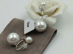 VINIRI,Dior淡雅双珍珠五星耳环。精选淡水珍珠,顶级手工定制。
