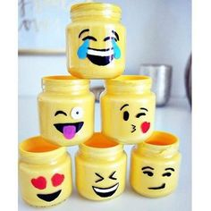 Learn how to decorate these diy Lego mason jars, for more cool projects like this click the link in the bio #diy #crafts #fun #cute #diyideas #crafty #diyprojectsforteens #diyproject #craft #projects #teens #hi #swag #teenagers #creative #project #awesome #art #artsy