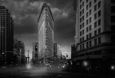 """Photo by Jean Michel Berts portraitist of cities specializing in black and white photos. Photo of the book """"Light of New York"""" Ed: Assouline Photography Essentials, City Photography, Tokyo, Black And White City, Flatiron Building, Jean Michel, Pretty Photos, Flat Iron, Black And White Photography"""