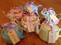 @Kourtney Davison did you see Kelly Clarkson's bachelorette party by Marvelous Vintage Tea Party? They put on tea parties for people. Great idea!