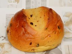 Sirnica, also called Pinca in some parts of the country, is a traditional Easter sweet bread. Easter Recipes, Dessert Recipes, Desserts, Holiday Bread, Croatian Recipes, Sweet Bread, No Cook Meals, Food And Drink, Cooking Recipes