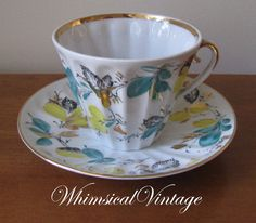 I love vintage tea sets!